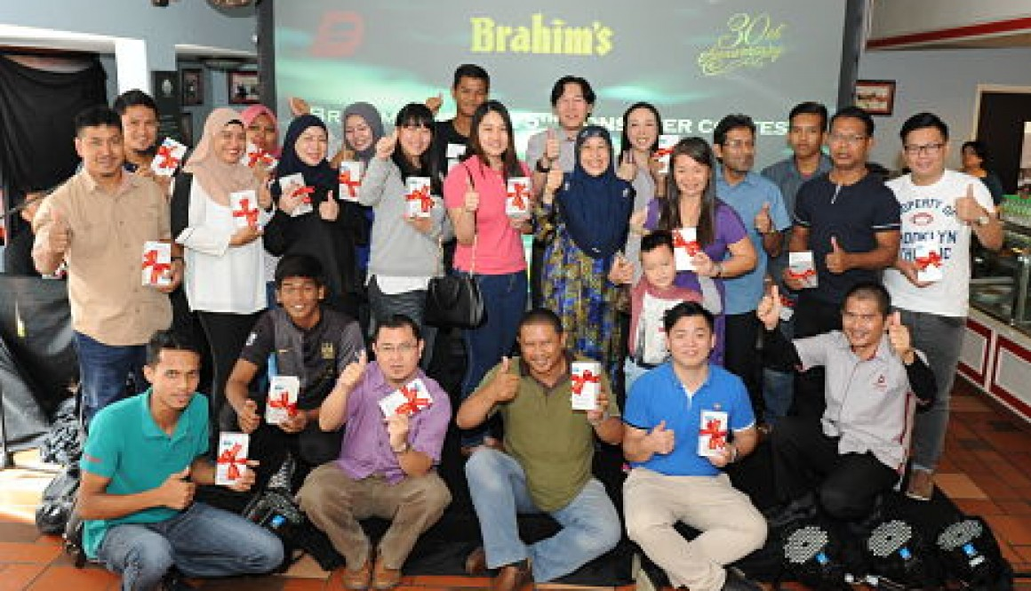 Prize-giving ceremony for the winners of the 5th Brahim's Dewina Consumer Contest