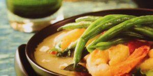 Nutty Thai Green Curry Prawns
