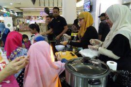 Brahim's 'Anyone Can Cook' Roadshow at Mydin Subang