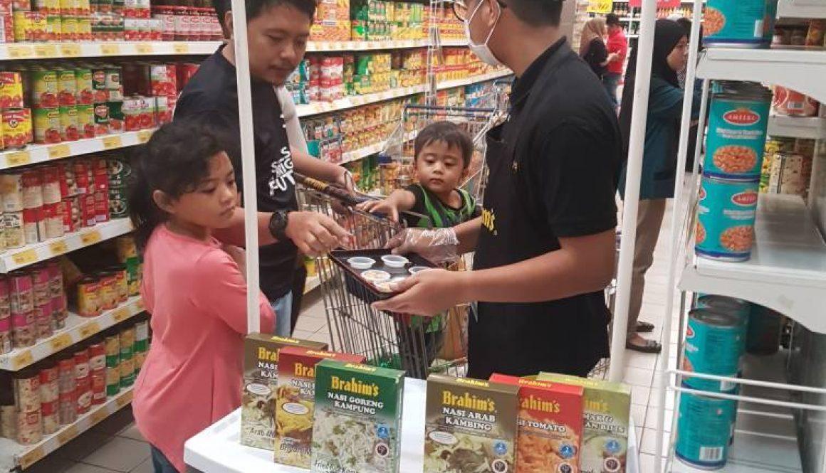Brahim's rice cooking demo and sampling in November