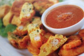 Beancurd Cubes And Prawn Fritters