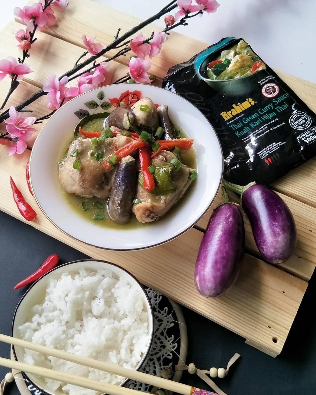 Brahim's Chicken Thai Green Curry by mamaauni82
