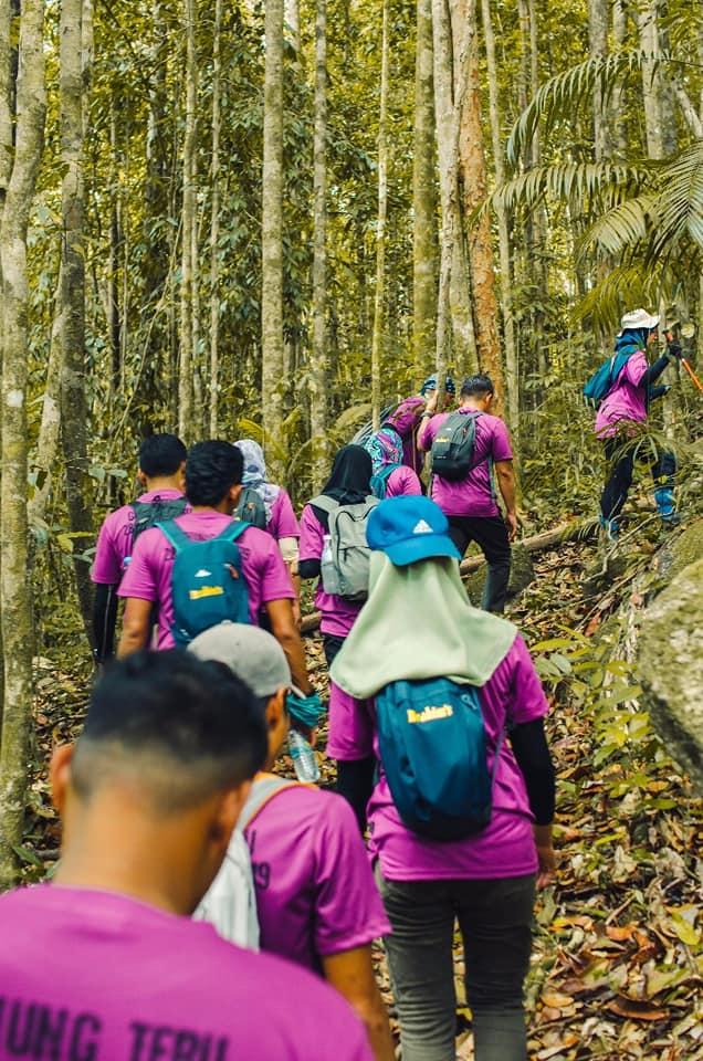Gunung Tebu6
