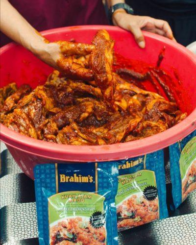 Perapan daging kambing dengan Kuah Ayam Madu Brahim's.
